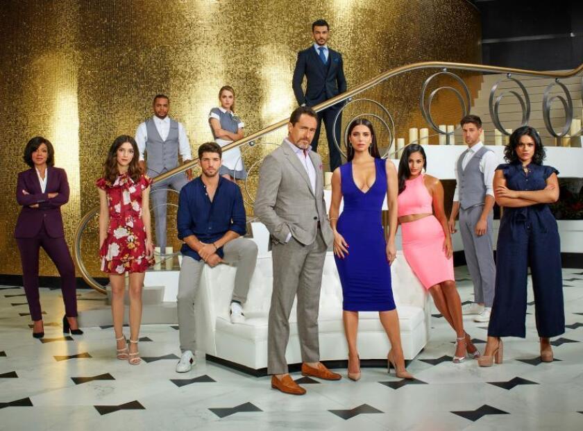 """""""Grand Hotel"""": secretos, pasión y lujo en un Miami muy latino"""