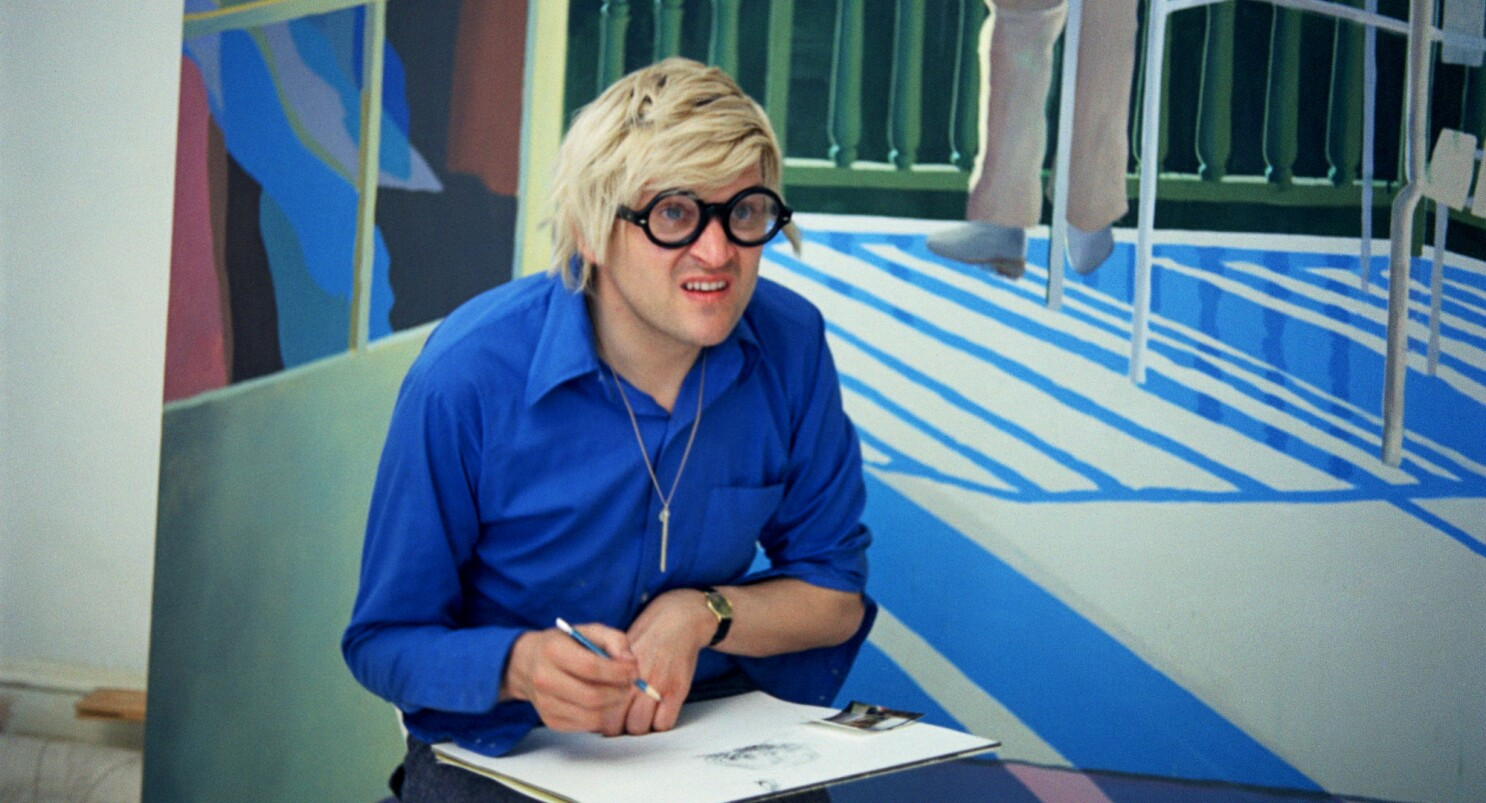 Review: Portrait of David Hockney as a young artist in the mesmerizing 'A Bigger Splash' - Los Angeles Times