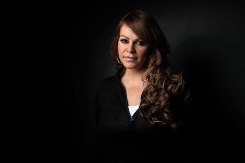 Jenni Rivera es el tema de una entrevista recientemente publicada.