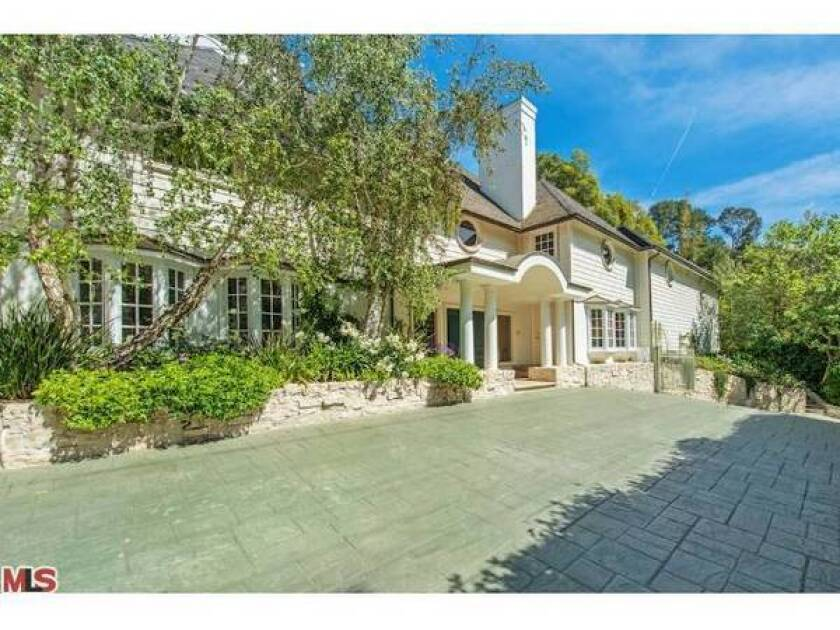 Breckin Meyer sells Beverly Hills home