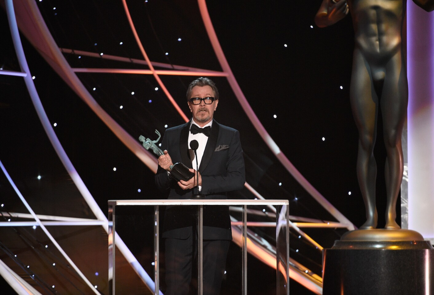 LOS ANGELES, CA - JANUARY 21: Actor Gary Oldman onstage during the 24th Annual Screen Actors Guild Awards at The Shrine Auditorium on January 21, 2018 in Los Angeles, California. (Photo by Kevork Djansezian/Getty Images) ** OUTS - ELSENT, FPG, CM - OUTS * NM, PH, VA if sourced by CT, LA or MoD **