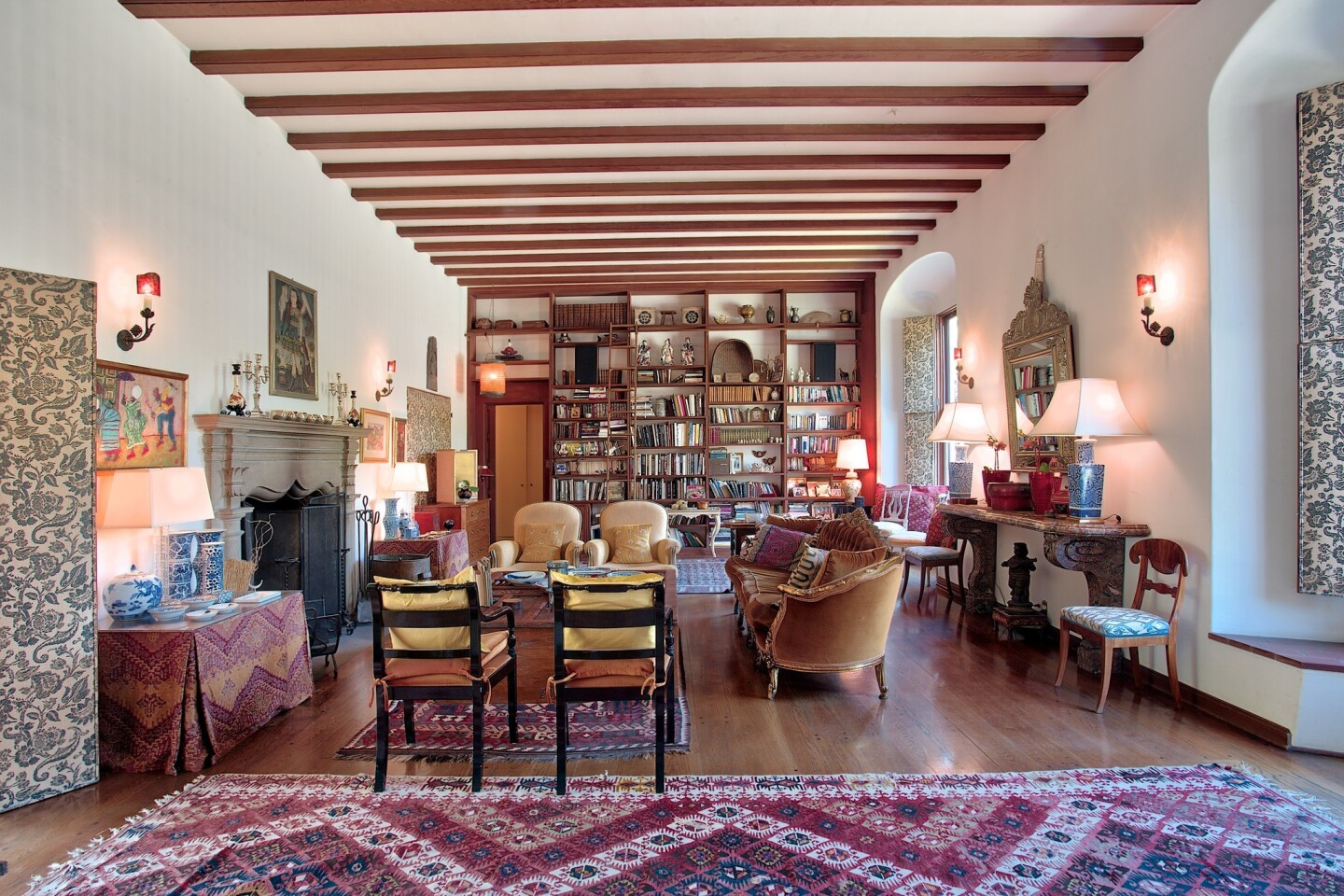 Home of the Day: History and hospitality on Grand Avenue in Pasadena