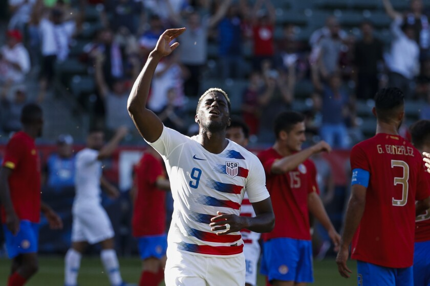 United States forward Gyasi Zardes reacts during an international friendly match against Costa Rica in Carson on Feb. 1.