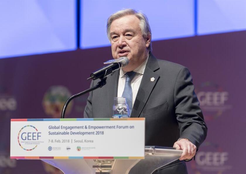 Fotografía cedida por la ONU donde aparece su secretario general, António Guterres (c). EFE/Mark Garten/ONU/SOLO USO EDITORIAL/NO VENTAS
