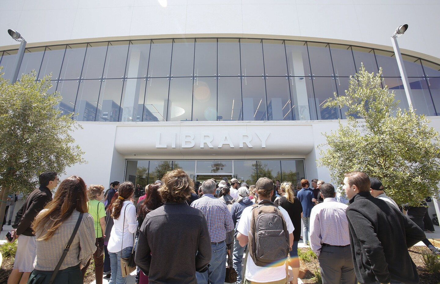 la-grand-opening-of-the-donald-dungan-library-006