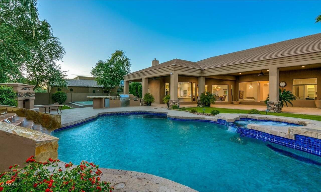 Brandon Crawford's Arizona home
