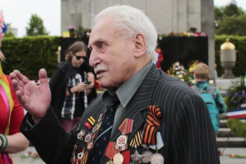 Soviet war veteran David Dushman