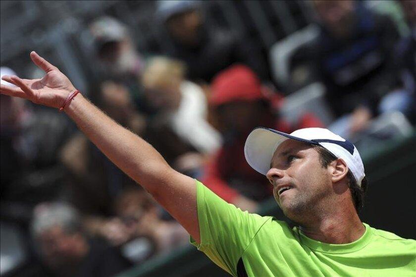 El tenista argentino Horacio Zeballos durante el partido de la primera ronda de Roland Garros. EFE