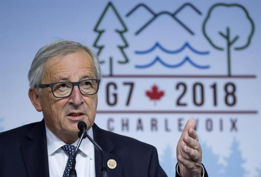 El presidente de la Comisión Europea, Jean-Claude Juncker, ofreció hoy al presidente estadounidense, Donald Trump, viajar a Washington para poner fin al creciente contencioso comercial que enfrenta a los dos aliados. EFE