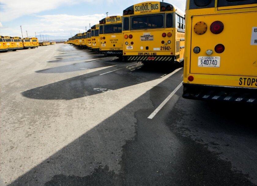 Ramírez, conductor sustituto por el día, creyó que Lee había salido del autobús junto con otros compañeros.