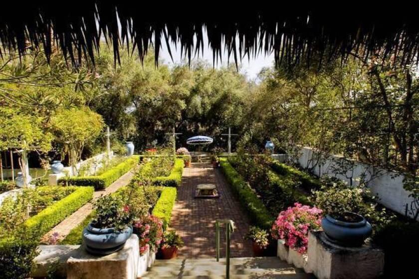 Rancho Los Alamitos unveils wealth of Southern California history