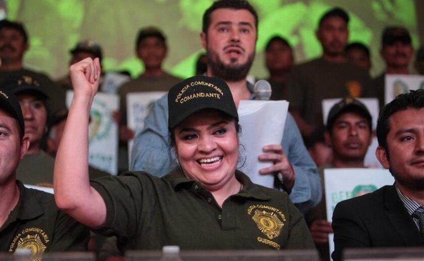 """La activista Nestora Salgado pidió hoy en Los Ángeles, California, la liberación de centenares de reos políticos que se encuentran en cárceles mexicanas y que no han recibido un proceso judicial """"transparente y justo""""."""