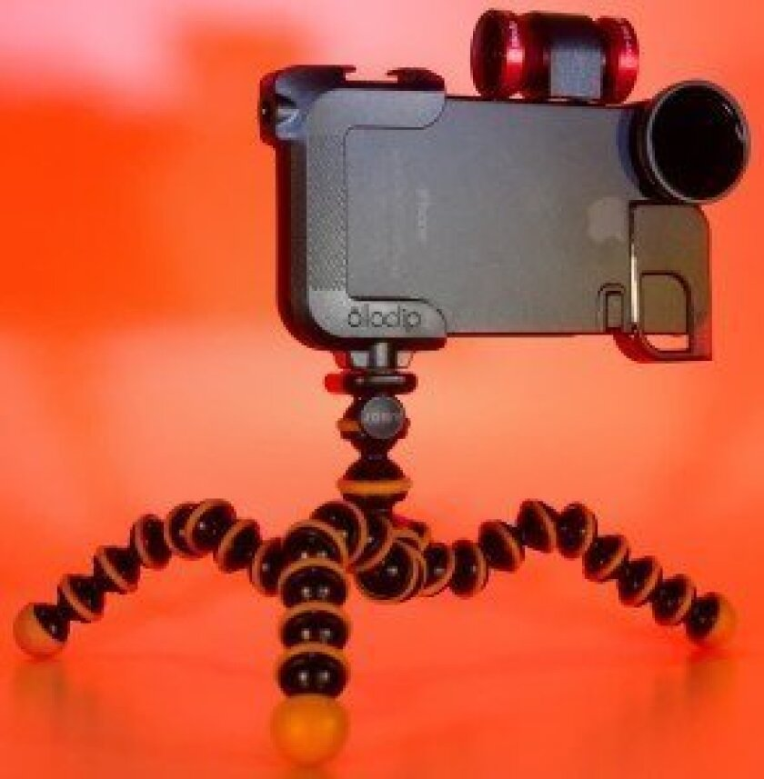 olloclip lenses & case for iPhone 4S - front view
