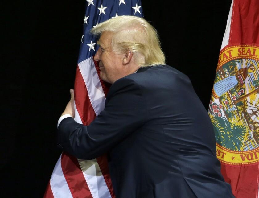 Donald Trump en un evento de campaña en Tampa, Florida, el sábado 11 de junio del 2016. (AP Photo/Chris O'Meara)