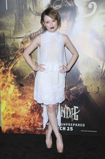 """Actress Emily Browning is a vision in white at the """"Sucker Punch"""" premiere at Grauman's Chinese Theatre on Wednesday."""