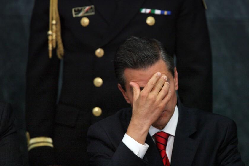 ARCHIVO - El presidente mexicano Enrique Peña Nieto, en la residencia oficial de Los Pinos en la Ciudad de México. (AP Foto/Marco Ugarte, archivo)