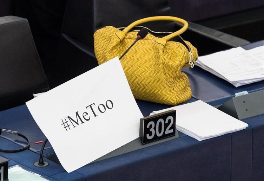 A menos de un mes de las elecciones legislativas, la llegada del movimiento #MeToo y la polémica confirmación en el Senado de Brett Kavanaugh como juez del Tribunal Supremo después de ser acusado por varias mujeres de abuso sexual han caldeado inevitablemente la política en el país y podrían definir los comicios del próximo 6 de noviembre. EFE/Archivo