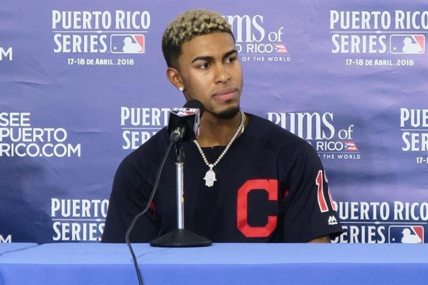 En la imagen, el jugador de los Indios de Cleveland Francisco Lindor. EFE/Archivo