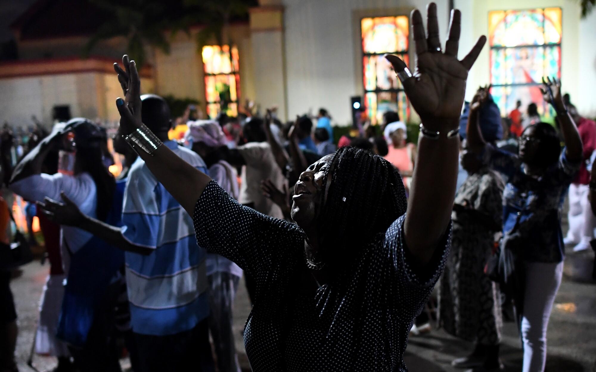 Como Es Vivir En Haiti haitians came to u.s. after the earthquake. trump wants them