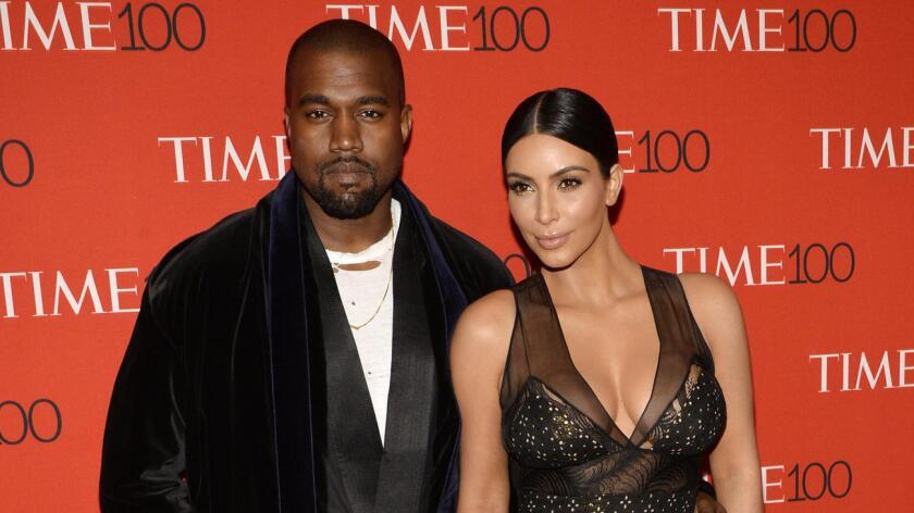 Kenye West y Kim Kardashian antes del embarazo.