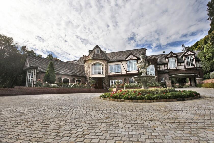 La Canada's Stratford Manor sets record price
