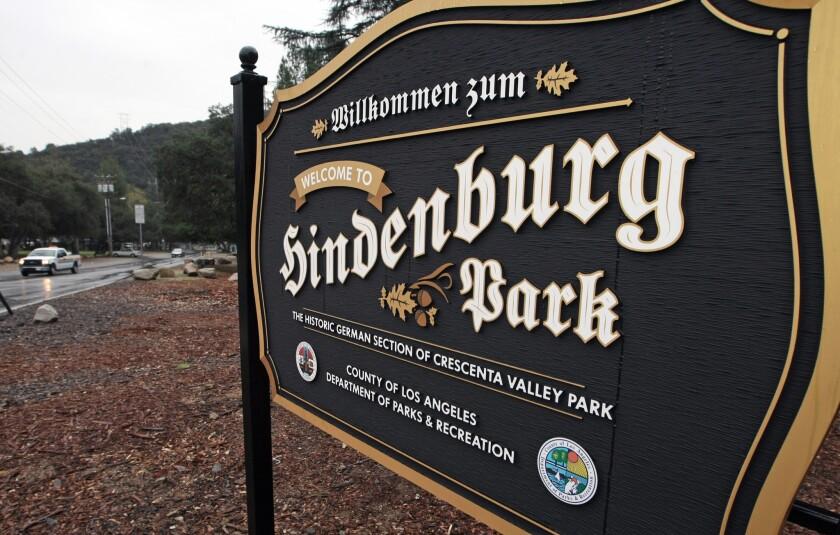 Hindenburg Park sign