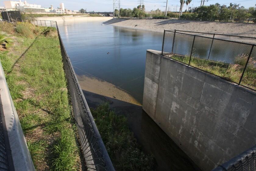 Council votes to study bridges over the L.A. River
