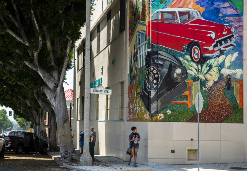 Four Hours: Savoring the stroll in Uptown Whittier