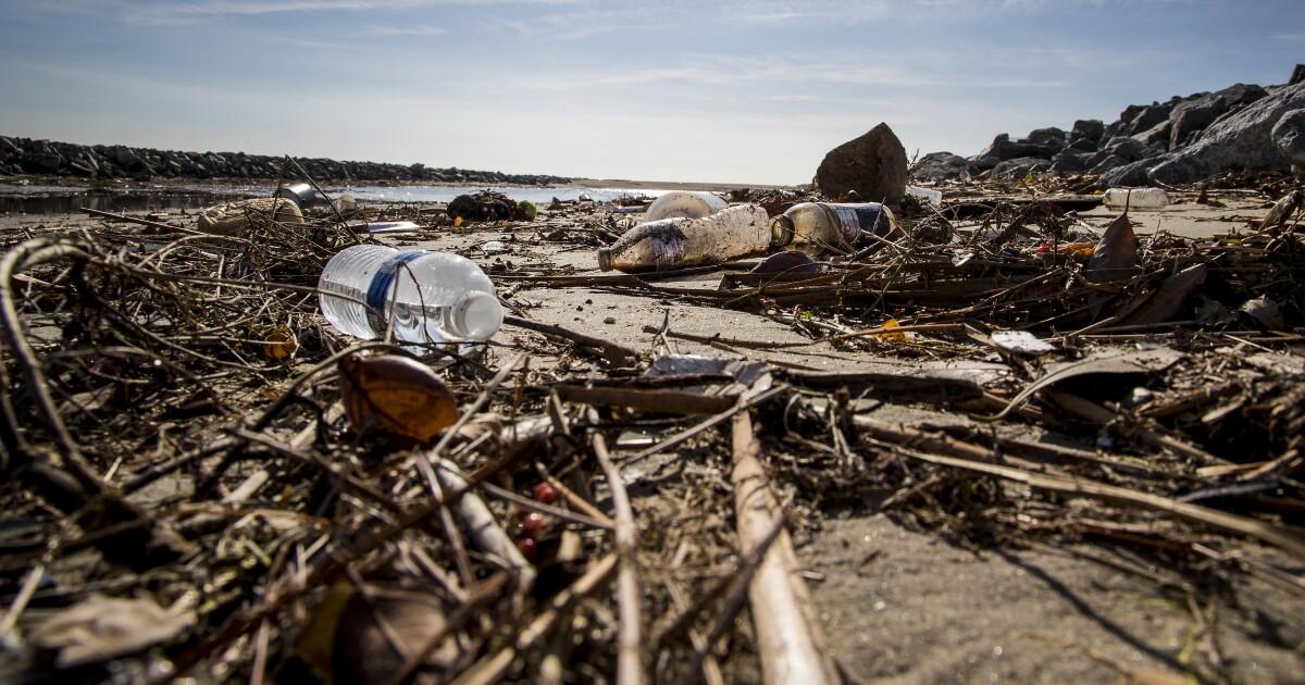 カリフォルニア議員は失敗に関する法律リサイクル案を作成した、またはそれに準じたシングル用プラスチック