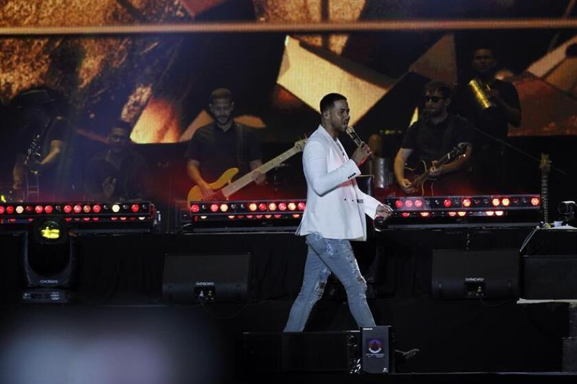 El cantante estadounidense Romeo Santos durante una presentación. EFE/Archivo