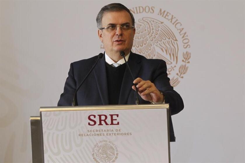 El canciller de México, Marcelo Ebrard, ofrece una rueda de prensa el 18 de diciembre de 2018 en la Secretaria de Relaciones Exteriores (SRE), en Ciudad de México (México). EFE/Archivo