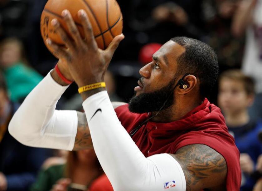El jugador de los Cleveland Cavaliers LeBron James. EFE/Archivo