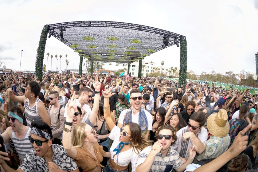 Thousands of fans flocked to Waterfront Park in downtown to attend the Spring 2017 CRSSD Fest.