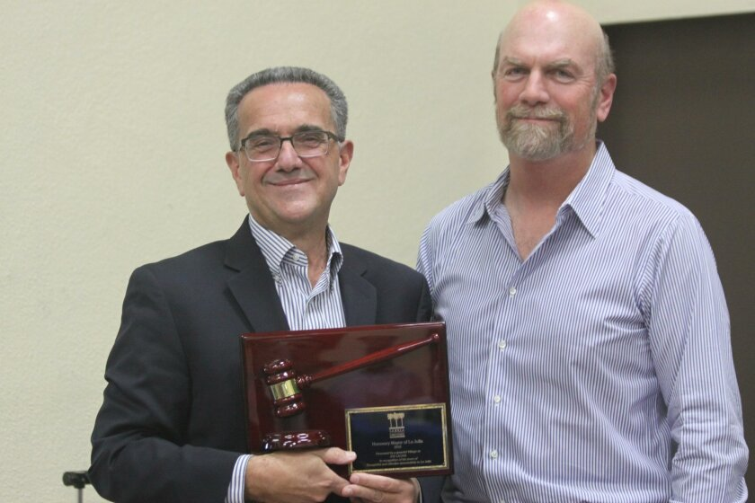 Joe LaCava (left) with La Jolla Town Council President Steve Haskins