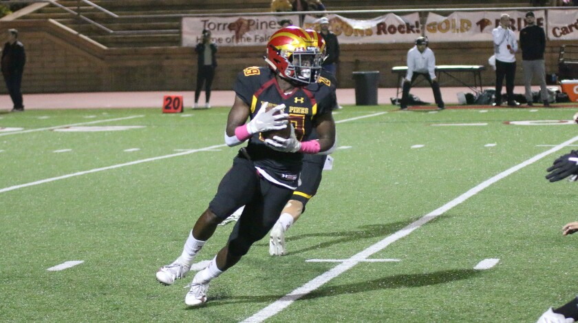 Senior Dorian Lewis rushed for 32 yds. and caught a pass Friday night.