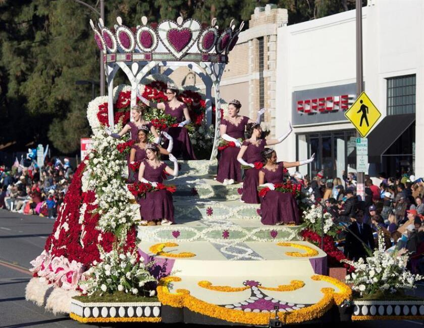 """The Royal Court float forms part of the Tournament of Roses parade in Pasadena, California, the biggest New Year's festival in the United States, which this Jan. 1, 2019, takes off its hat to the universal language of music under the title """"The Melody of Life."""" EFE-EPA/Armando Arorizo"""