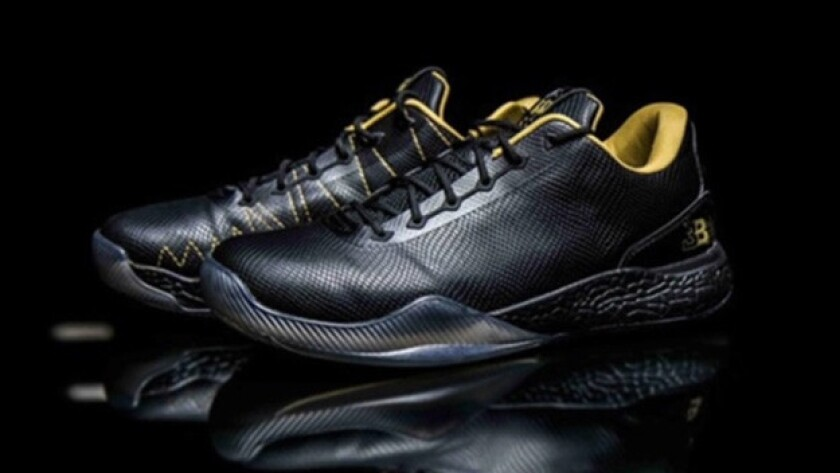 5eb066e8159 How many pairs of Lonzo Ball's $495 shoes sold in the first week of ...