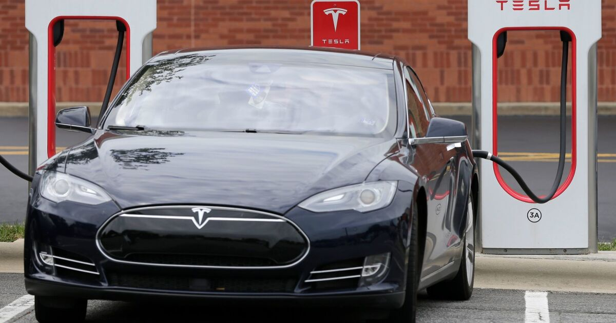 Owners of electric cars get a break on the gas tax. It's costing California $32 million