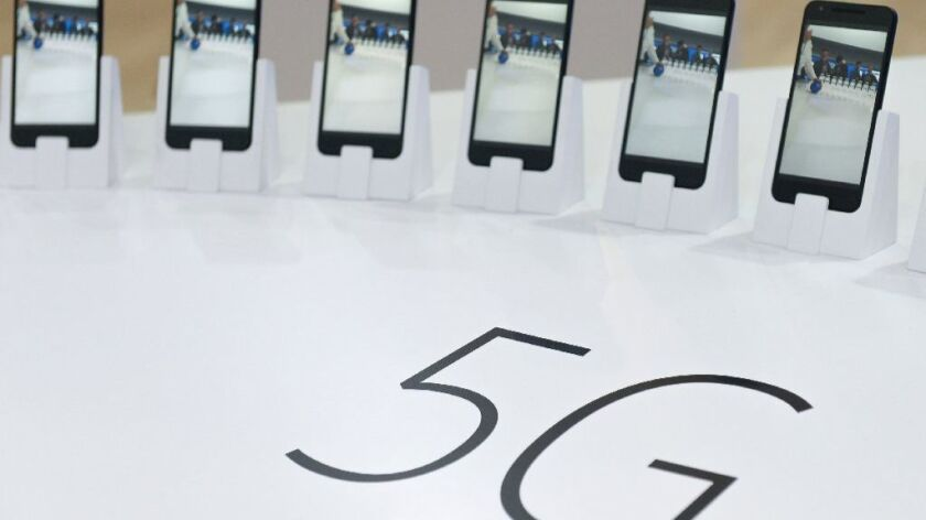 Qualcomm touts 5G strength as it fights off Broadcom's