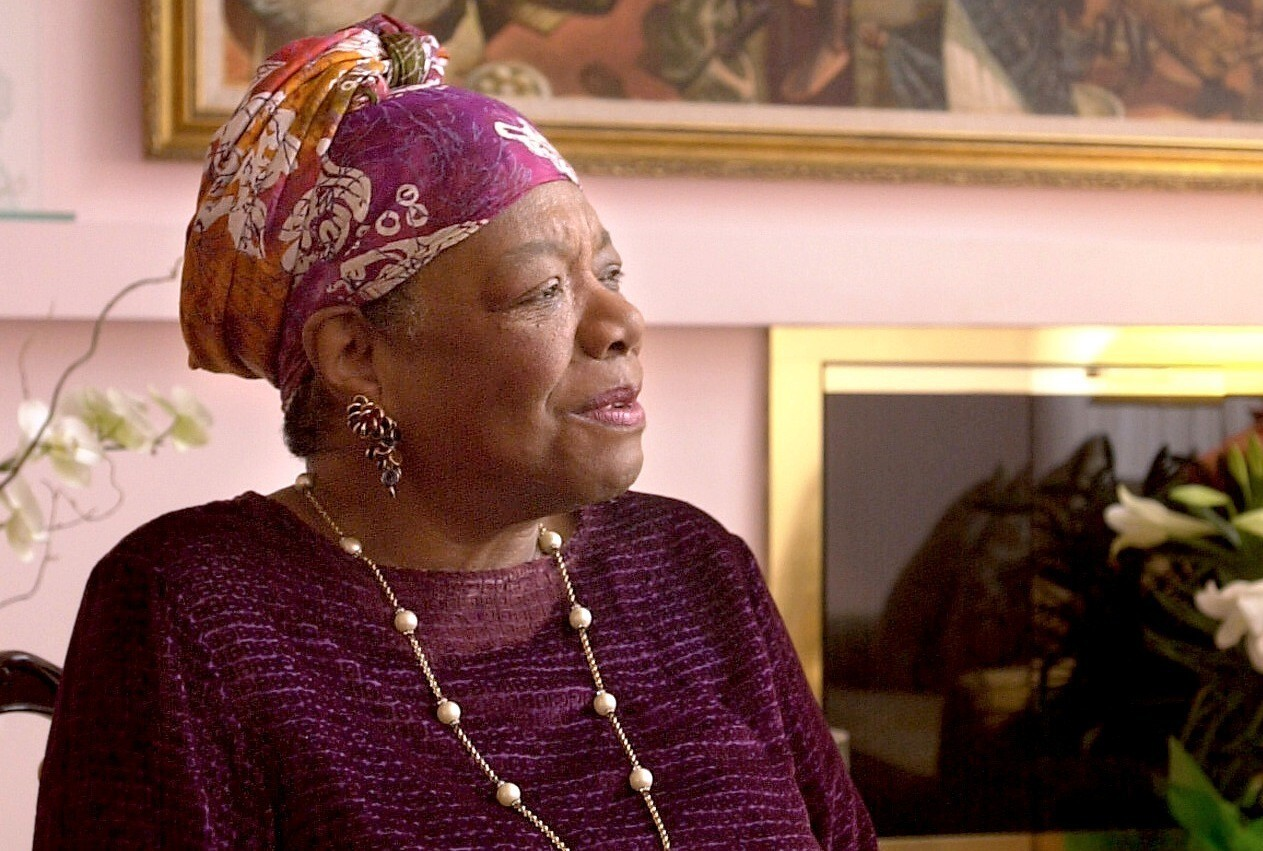 Maya Angelou, who vividly detailed the black experience, dies at 86