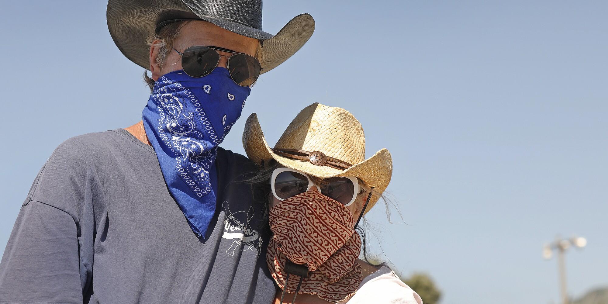 Dean Banks and Cate Moore at the Ventura Promenade