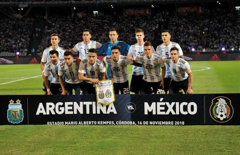 CORDOBA (ARGENTINA), Nov. 17, 2018: Argentine team posing for a picture during a friendly match against Mexico. EPA/EFE/ Hernán Cortez/FILE
