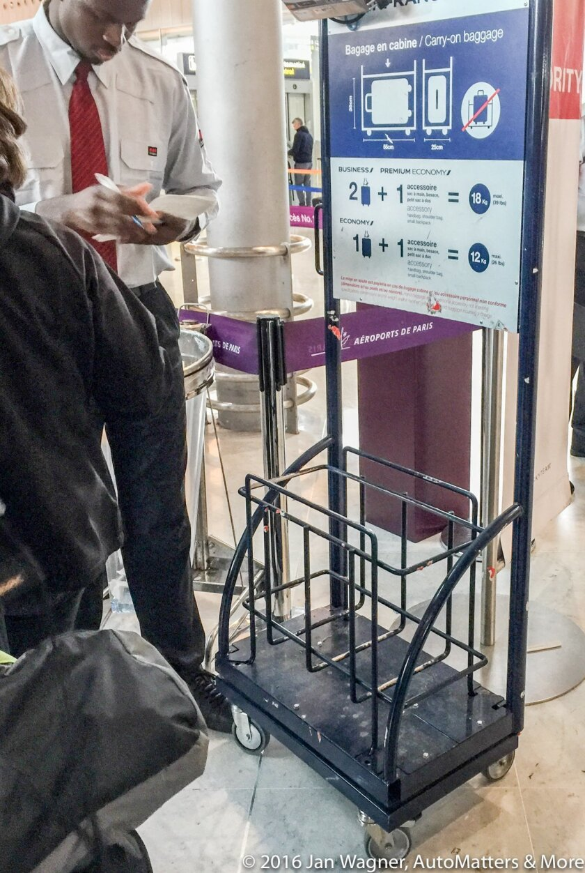 Air France carry-on luggage checker at CDG