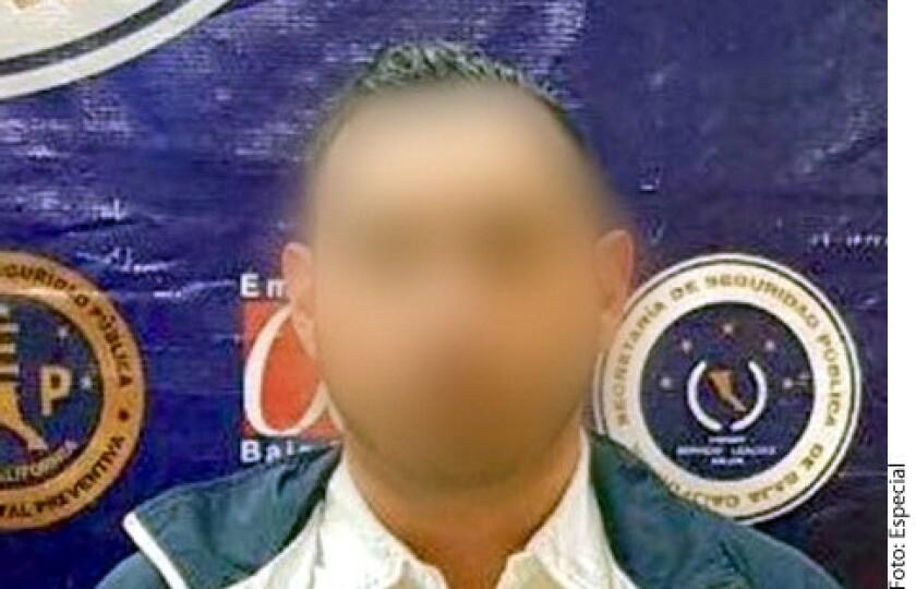 """Un presunto colaborador del narcotraficante identificado como """"El Chapo Leal"""" del Cártel de Sinaloa fue aprehendido en posesión de armas de fuego."""