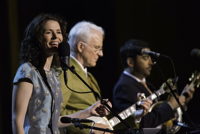 Steve Martin and Edie Brickell (L) perform. Photo by Saam Gabbay, courtesy Concord Music Group