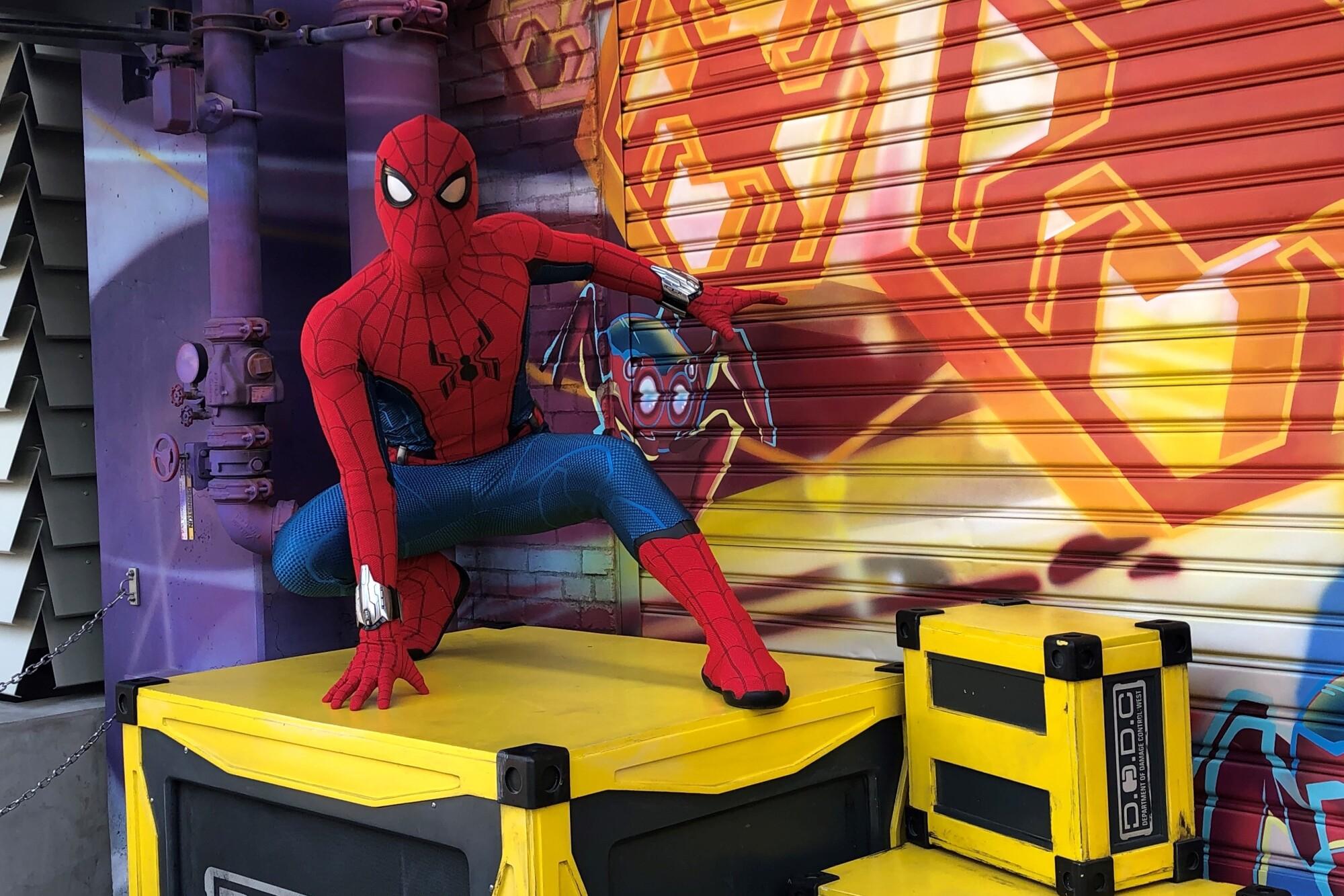 Avengers Campus, la casa de los superhéroes, sorprende con sus atracciones y genera grandes emociones - Los Angeles Times