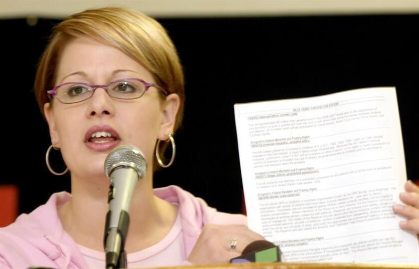La sorpresa la dio Kyrsten Sinema en Arizona, al convertirse la primera senadora federal abiertamente bisexual de ese estado. En Texas, Gina Ortiz Jones será la primera congresista LGBT que representa un distrito de ese estado. EFE/Archivo