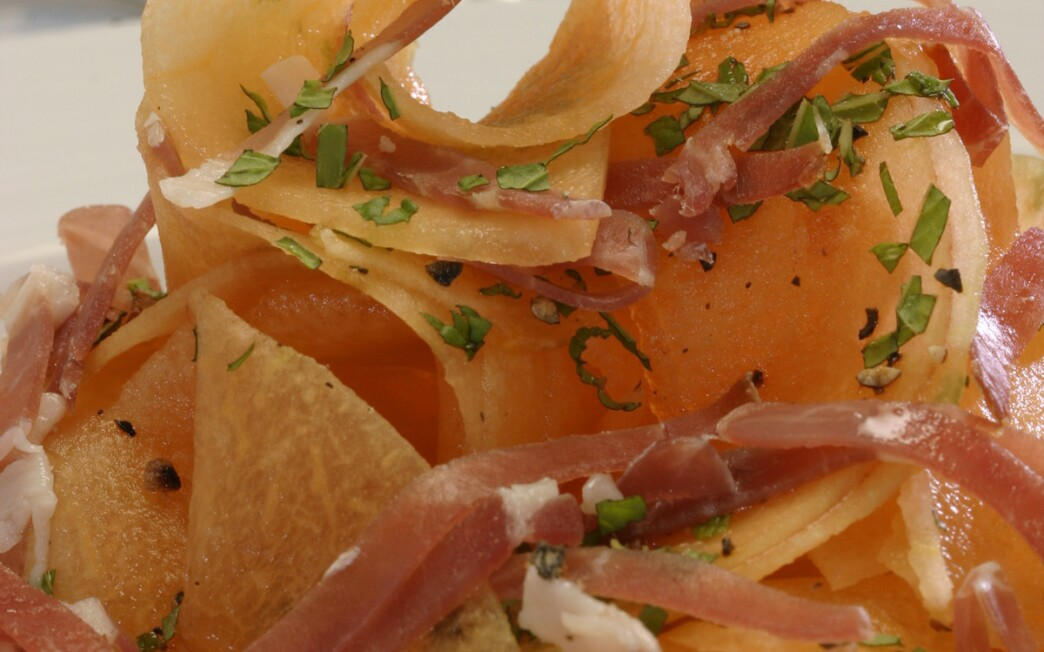 Shaved cantaloupe with prosciutto and mint