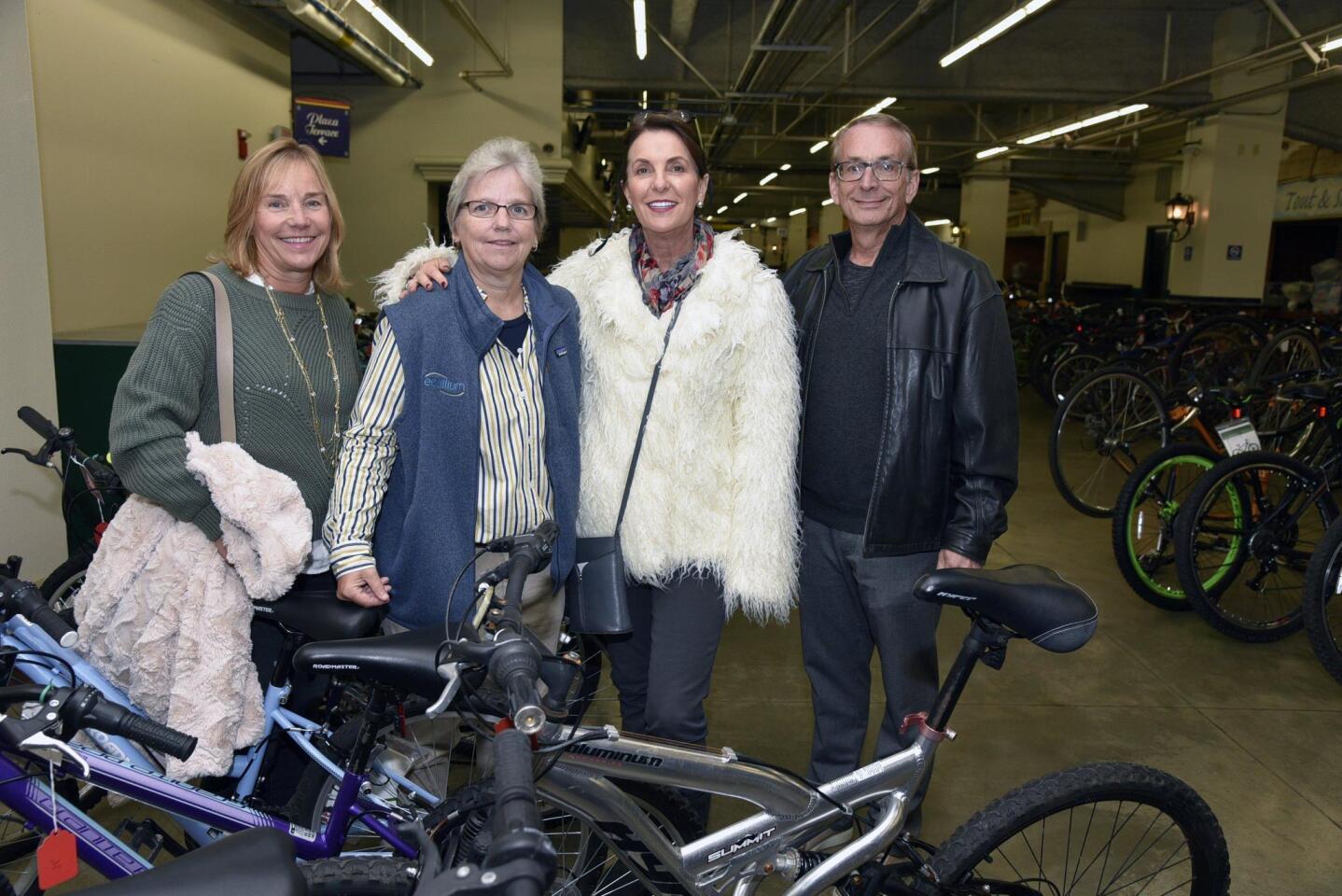 Sponsor Anne Daigle, Judy Daigle, Carly Michaels, sponsor Rich Heyman