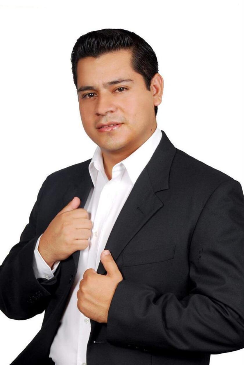 Fotografía cedida por el equipo de campaña del candidato a alcalde en el occidental estado de Michoacán, Omar Gómez Lucatero, quien fue asesinado hoy, miércoles 20 de junio de 2018, durante un ataque armado en la localidad de Aguililla (México). EFE/CAMPAÑA DEL CANDIDATO/ SOLO USO EDITORIAL